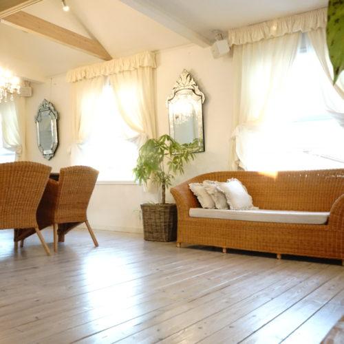 家の中のラタン家具