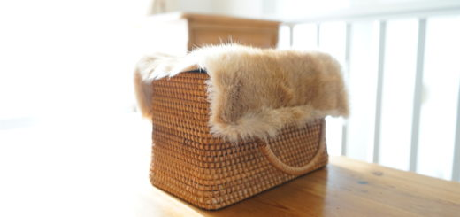 ウサギの毛皮でカゴバックの蓋つくり